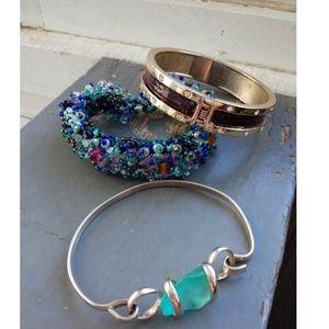 3 vintage bracelets metal & peyote stitch bracelet